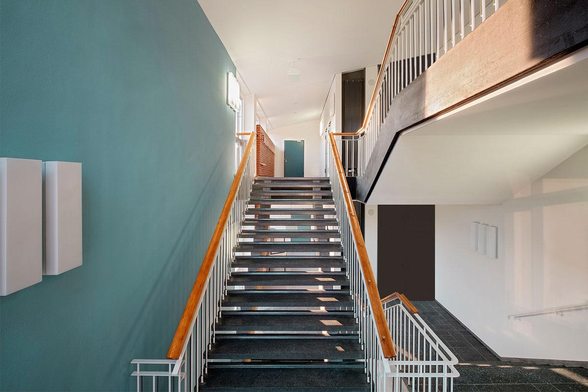 Treppenhaus der Haldenrainschule
