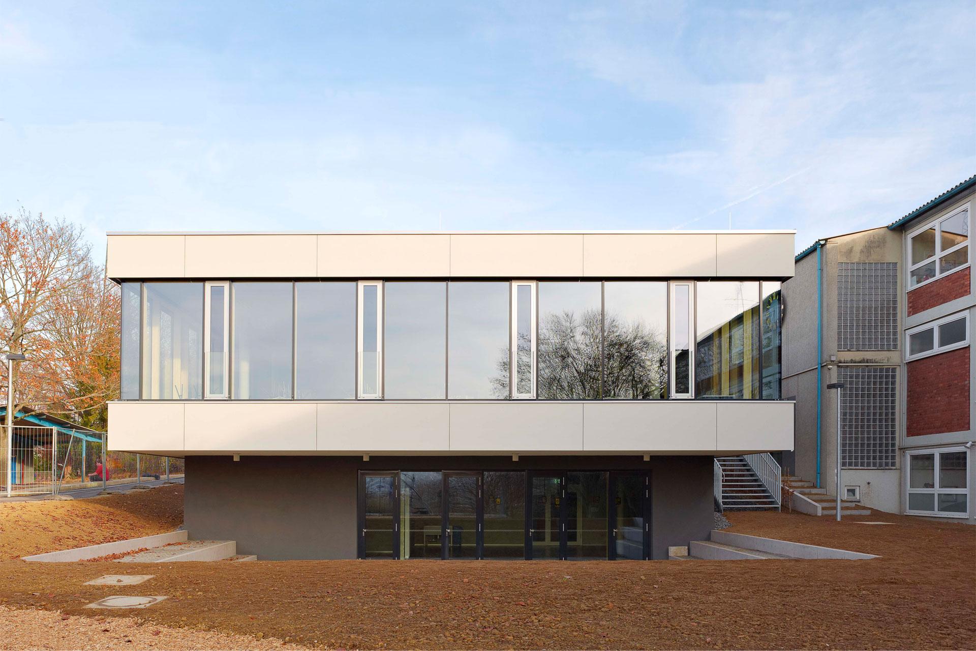 Architekt, Schülermensa, Verglasung Außenbereich