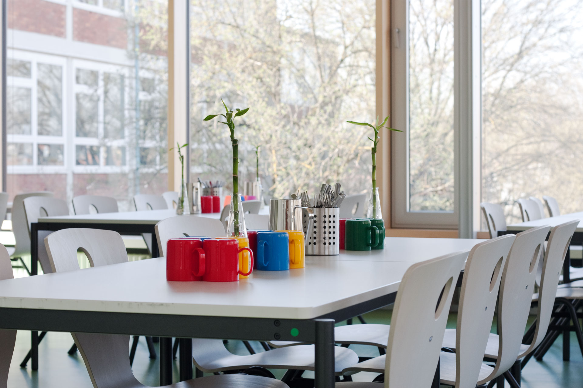 Architekt, Schülermensa, Möblierung