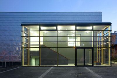 Architek, Neubau Hallenbad, Blechfassaden