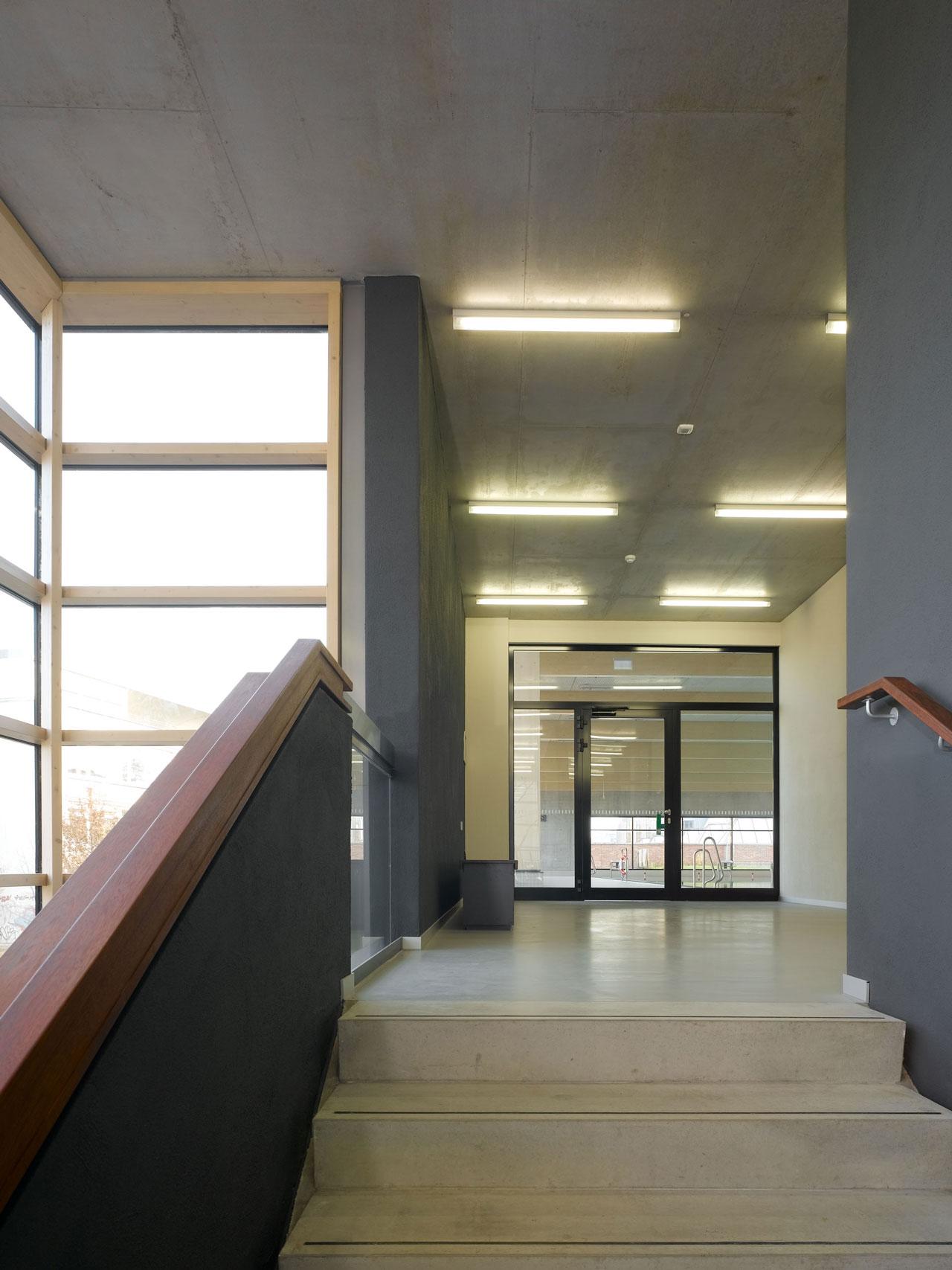Hallenbad Neubau, Foyer Treppe