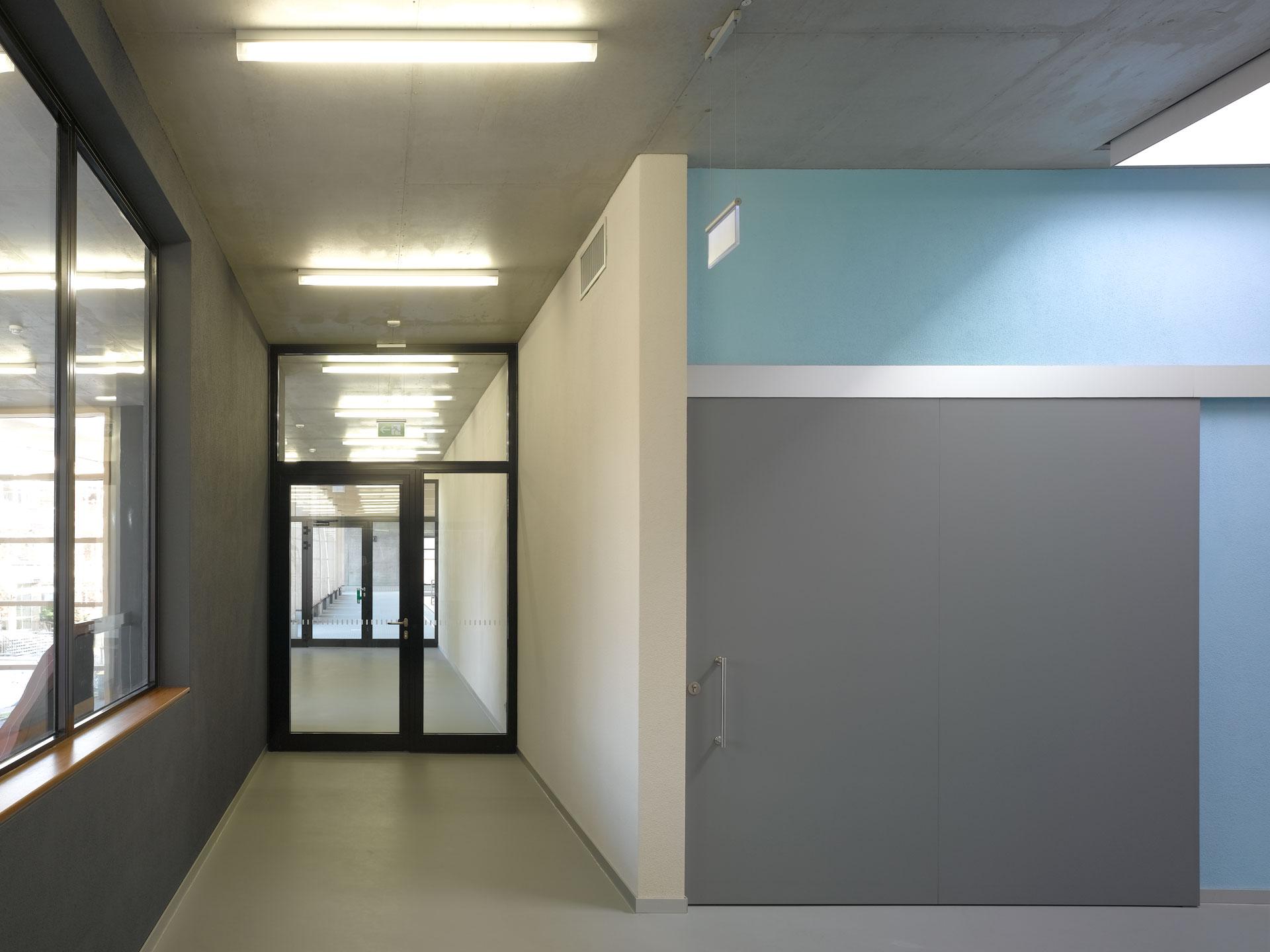Hallenbad Neubau, Umkleide & Flur